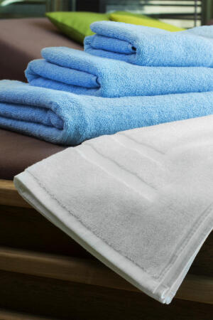 Tiber 70x140 Bath Towel